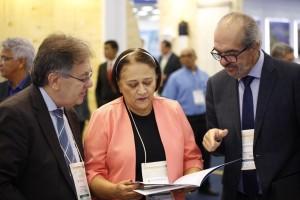 Paulo Roberto Oliveira, presidente da GS Inima, a governadora Fátima Bezerra e Roberto Oliveira, diretor de Relações Insitucionais e Sustentabilidade da GS Inima