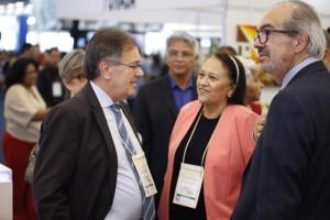 Paulo Roberto Oliveira, presidente da GS Inima, a governadora Fátima Bezerra e Roberto Oliveira, diretor de Relações Insitucionais e Sustentabilidade da GS Inima3
